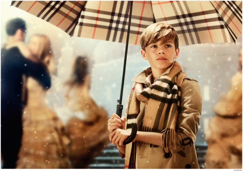 Romeo-Beckham-Burberry-Holiday-2014-Campaign-Still-800x565