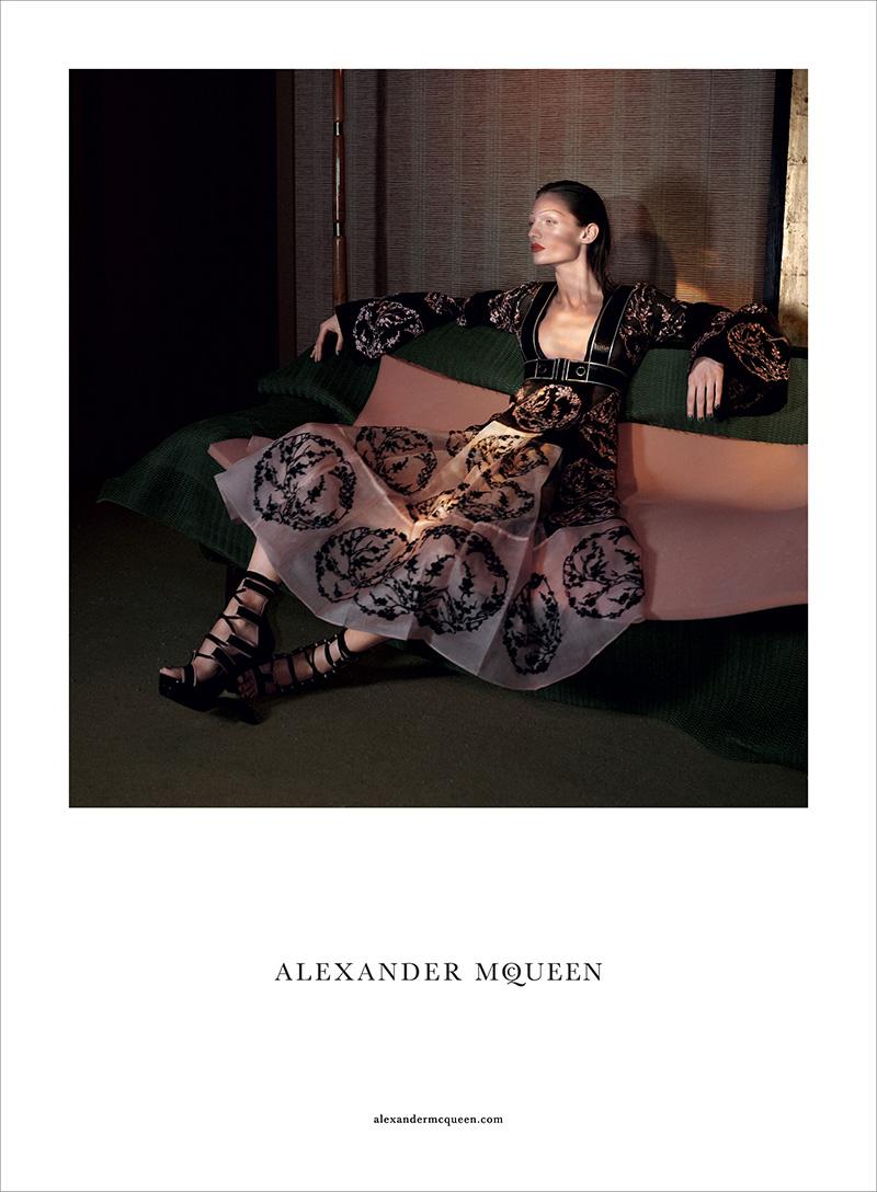 Alexander-McQueen-SS15-Campaign-03