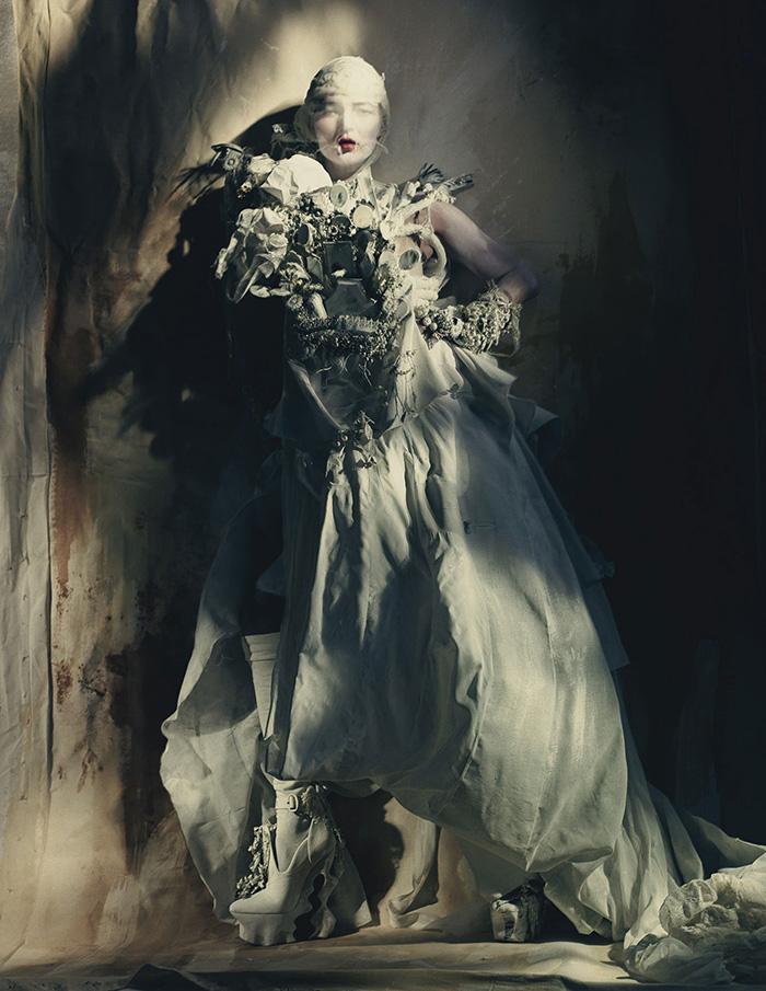 kate-moss-haute-couture-w-magazine-01