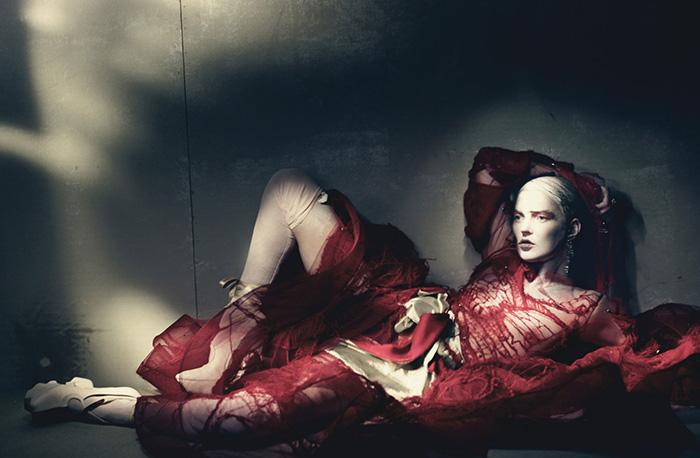 kate-moss-haute-couture-w-magazine-07