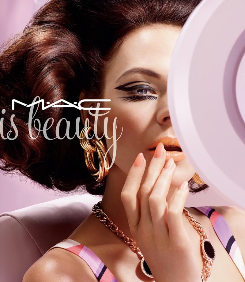 mac-cosmetics-campaign-2015-04